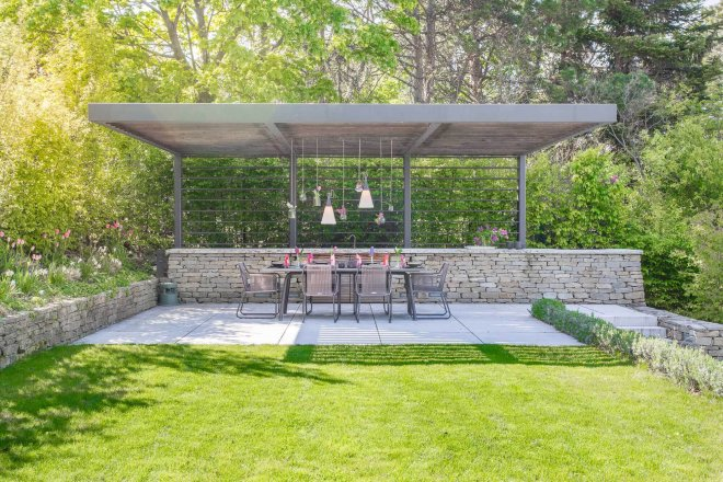 architectural photo of bbq and outdoor dining