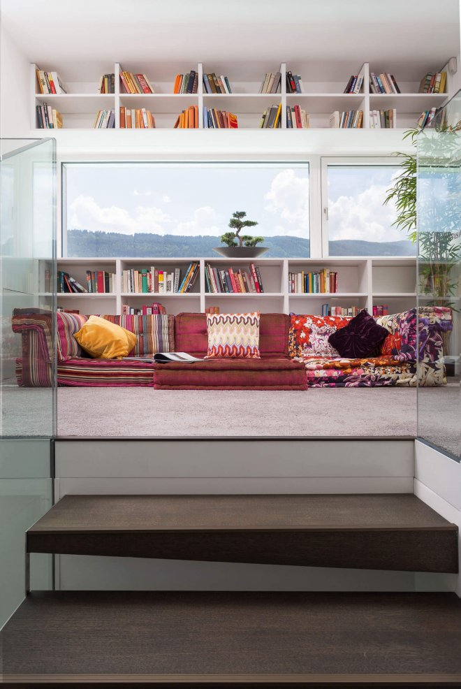 Interior design photo os reading area
